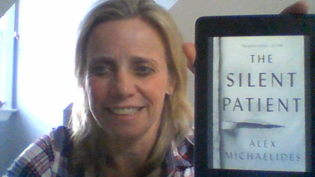 "Leanne's Book Time Vlog: ""The Silent Patient"" by Alex Michaelides"