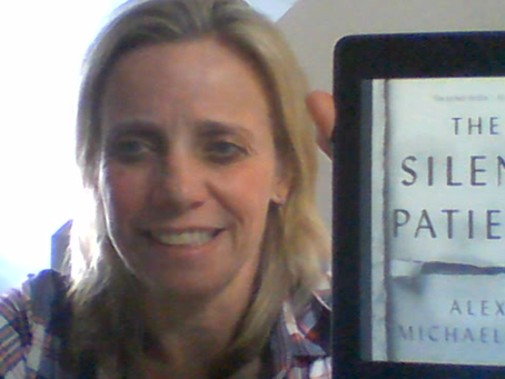 "Leanne's Book Time Vlog: ""The Silent Patient"" by Alex Michaelides"