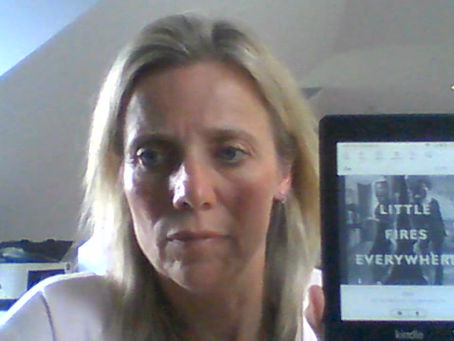 """Leanne's Book Time Vlog:  """"Little Fires Everywhere"""" by Celeste Ng"""