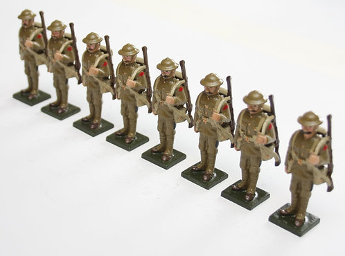 Set 70, WWI Troops, in tin helmet, at attention, rifle over shoulder.