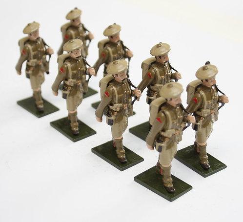 Set 77, WWI Troops, Highland Regt., in bonnet, marching, rifle over shoulder.
