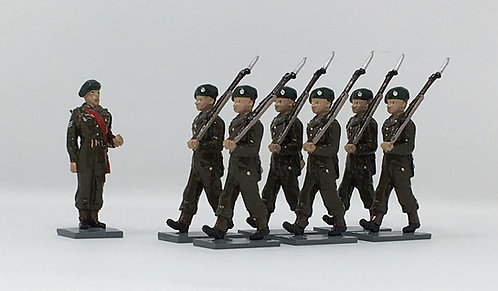 Set 215 - British Army in battledress, at march