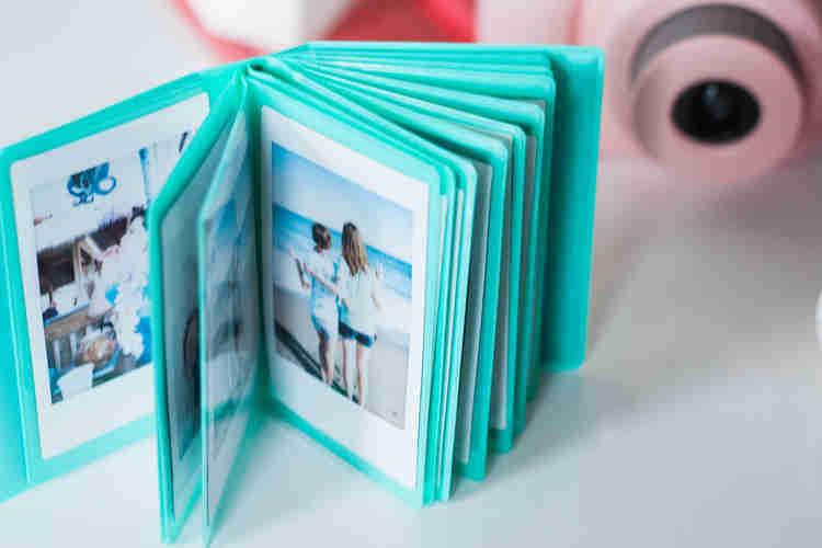 polaroid picture mini photo album