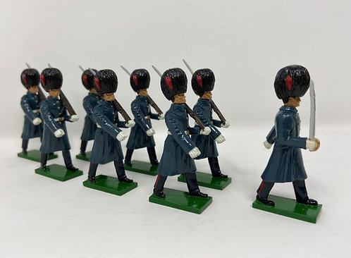 Set 19 - Coldstream Guards (Great Coats) Marching at Slope