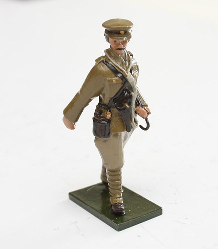 Fig 61, WWI Officer, on foot. 