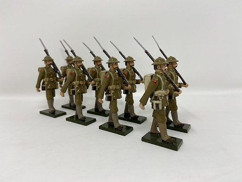 Set 52 - WWI Troops in tin helmets, at march