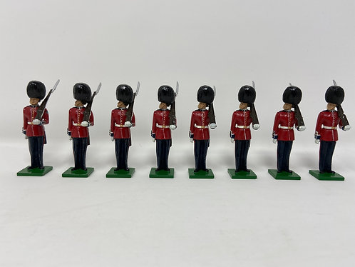 Set 116 - Scots Guards, eyes right w/ Sergeant