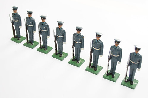 Set 48, Royal Air Force, 8 standing figures.
