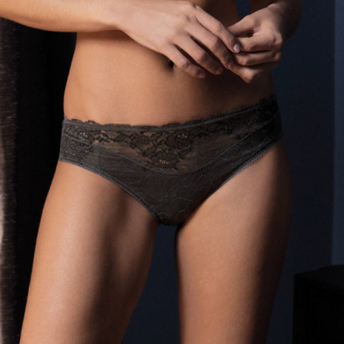 Slip Charcoal Lace Perfection S à XL | Wacoal
