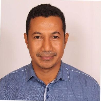 Dr. Mario Cabral