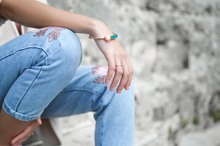 Jeans et bijoux