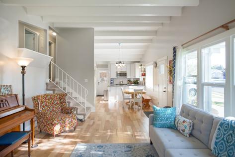 Bright Living Space In Bountiful Utah
