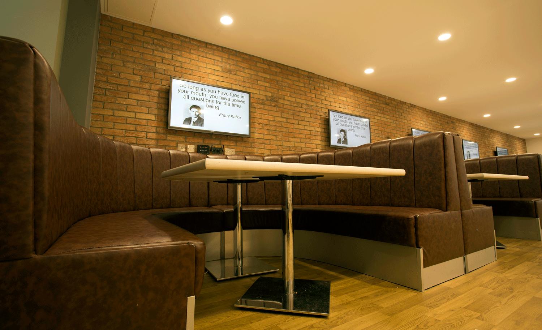 MMU-atrium-cafe9