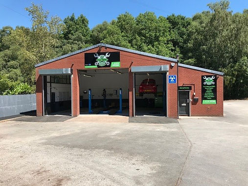 Ryan Pantry Auto Services can offer car and van servicing here in Leek Staffordshire