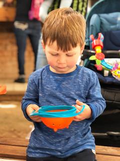 בייבי גאדג׳טס - כלי אוכל מגניבים לתינוקות וילדים