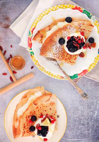 בלינצ׳ס כוסמת ירוקה וקינמון לארוחת בוקר טעימה מפנקת
