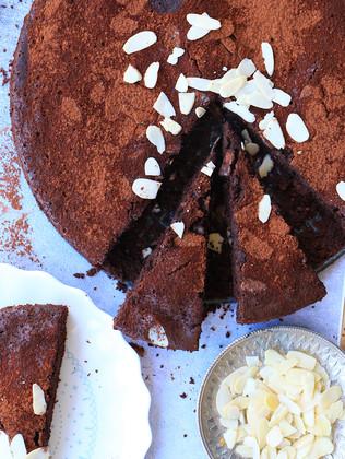 עוגת שוקולד שקדיםאיטלקית טורטה קפרזה