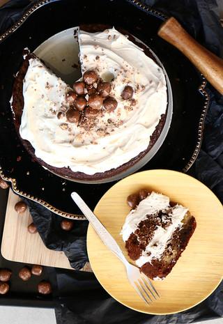 עוגת בוטנים ובננה עם קמח בוטנים ואגוזים