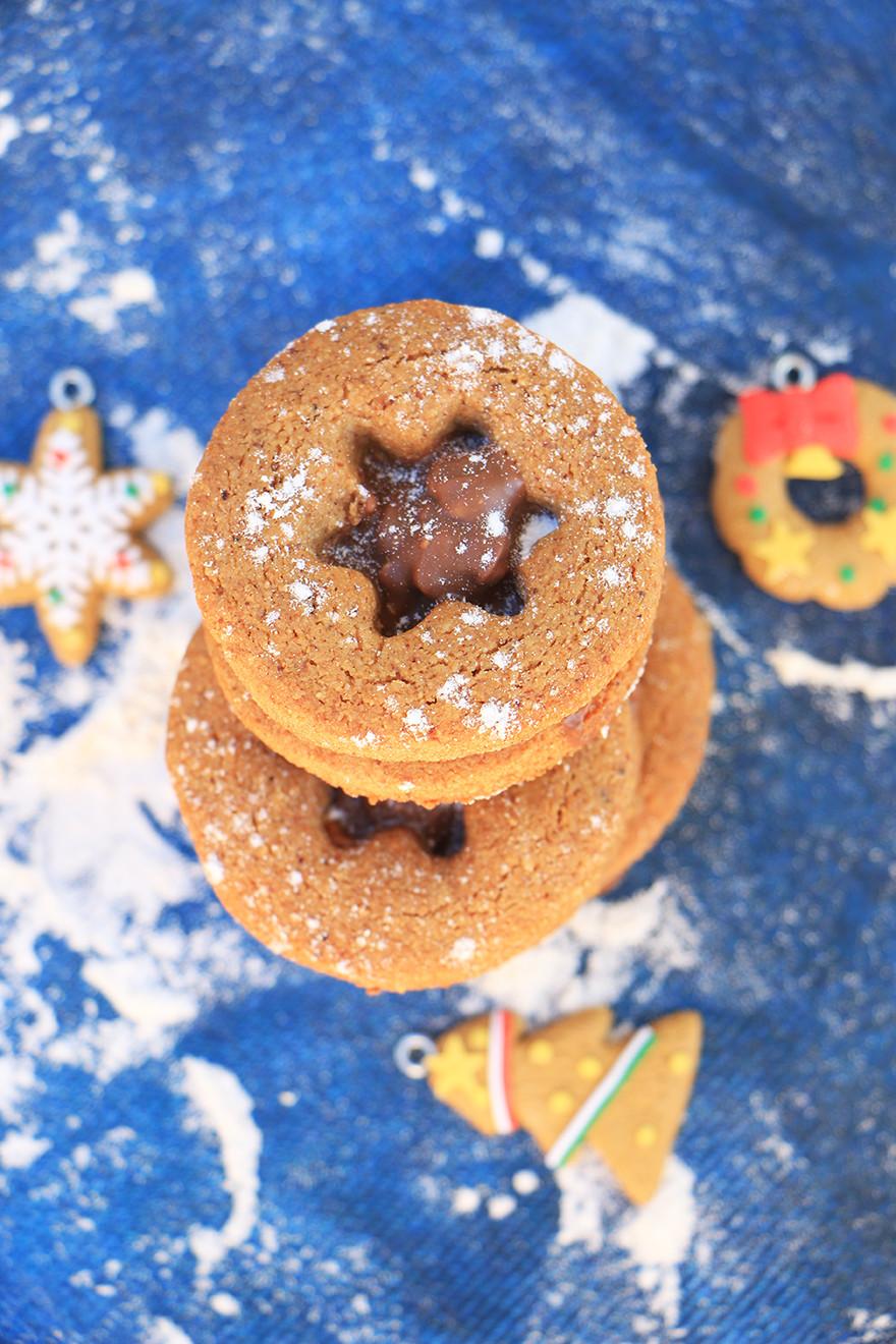 עוגיות דבש מקמח אגוזי לוז