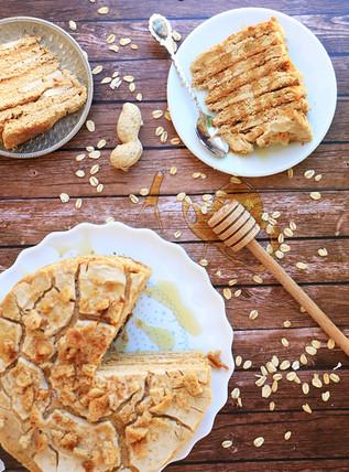 מדוביק - עוגת דבש אוקראינית עם חמאת בוטנים ללא גלוטן