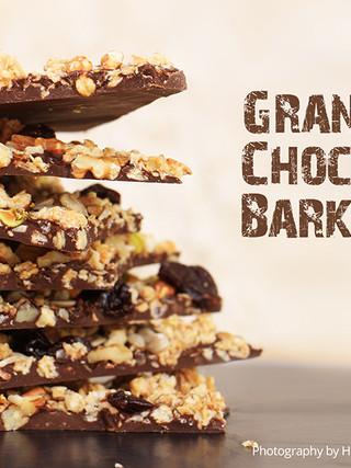חטיף אנרגיה - שברי שוקולד חרובים וגרנולה