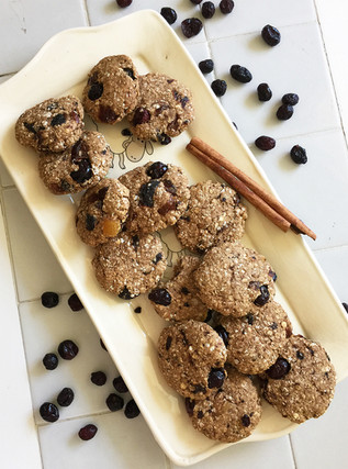 עוגיות שיבולת שועל וקינמון עם חמוציות