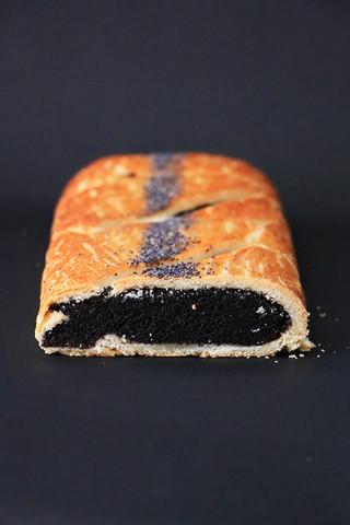 עוגת שמרים פרג מקמח כוסמין