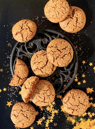 עוגיות מולאסה מקמח כוסמין מלא וסוביןשיבולת שועל