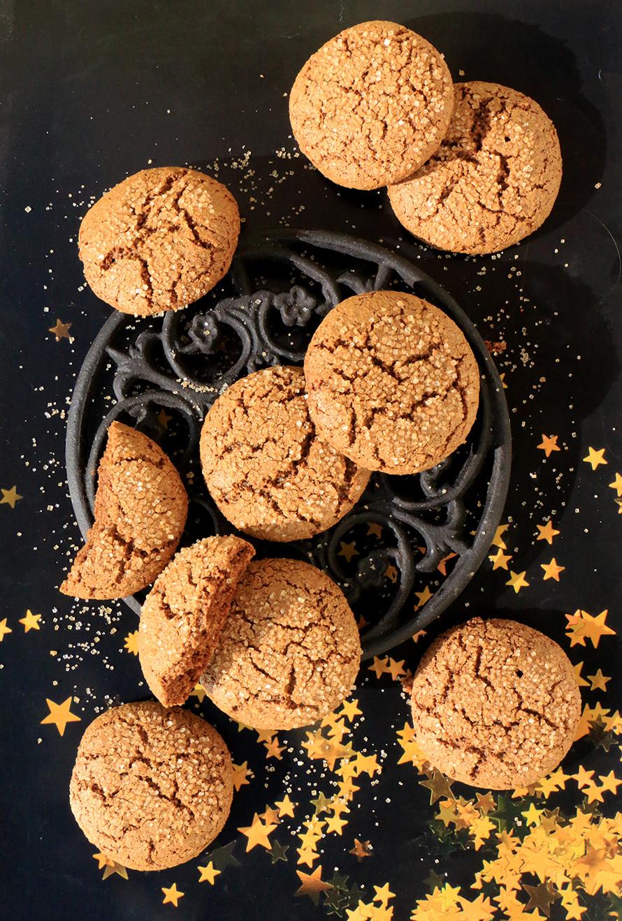 עוגיות מולסה וג׳ינג׳ר