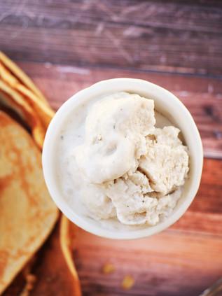 גלידת דבש וקרם קוקוס