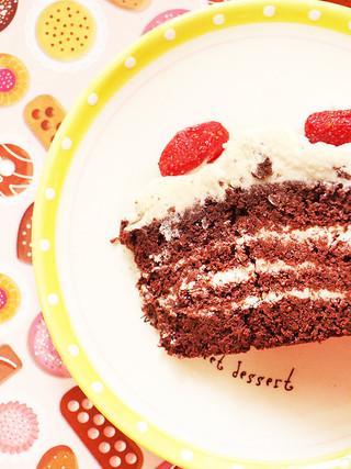 עוגת קוקוס שוקולד, עם קרם קוקוס ושוקולד לבן (ללא גלוטן)