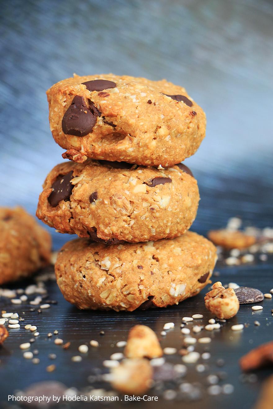 עוגיות גרנולה וחמאת בוטנים