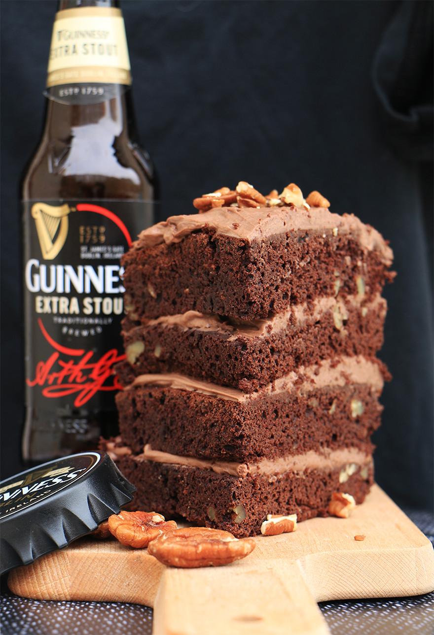 עוגת שוקולד בריאה ומפתיעה