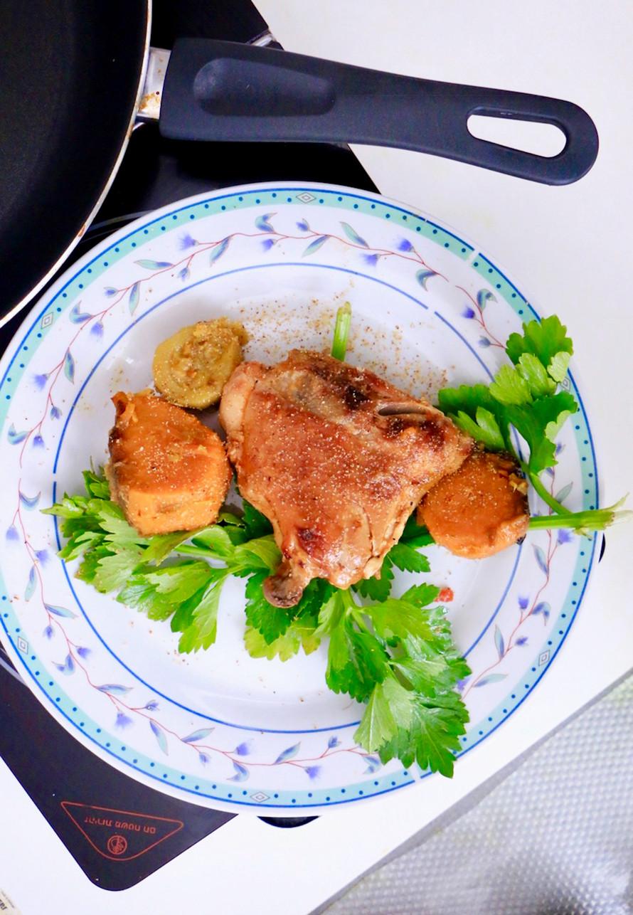 עוף עם ירקות בצ׳ילי מתוק
