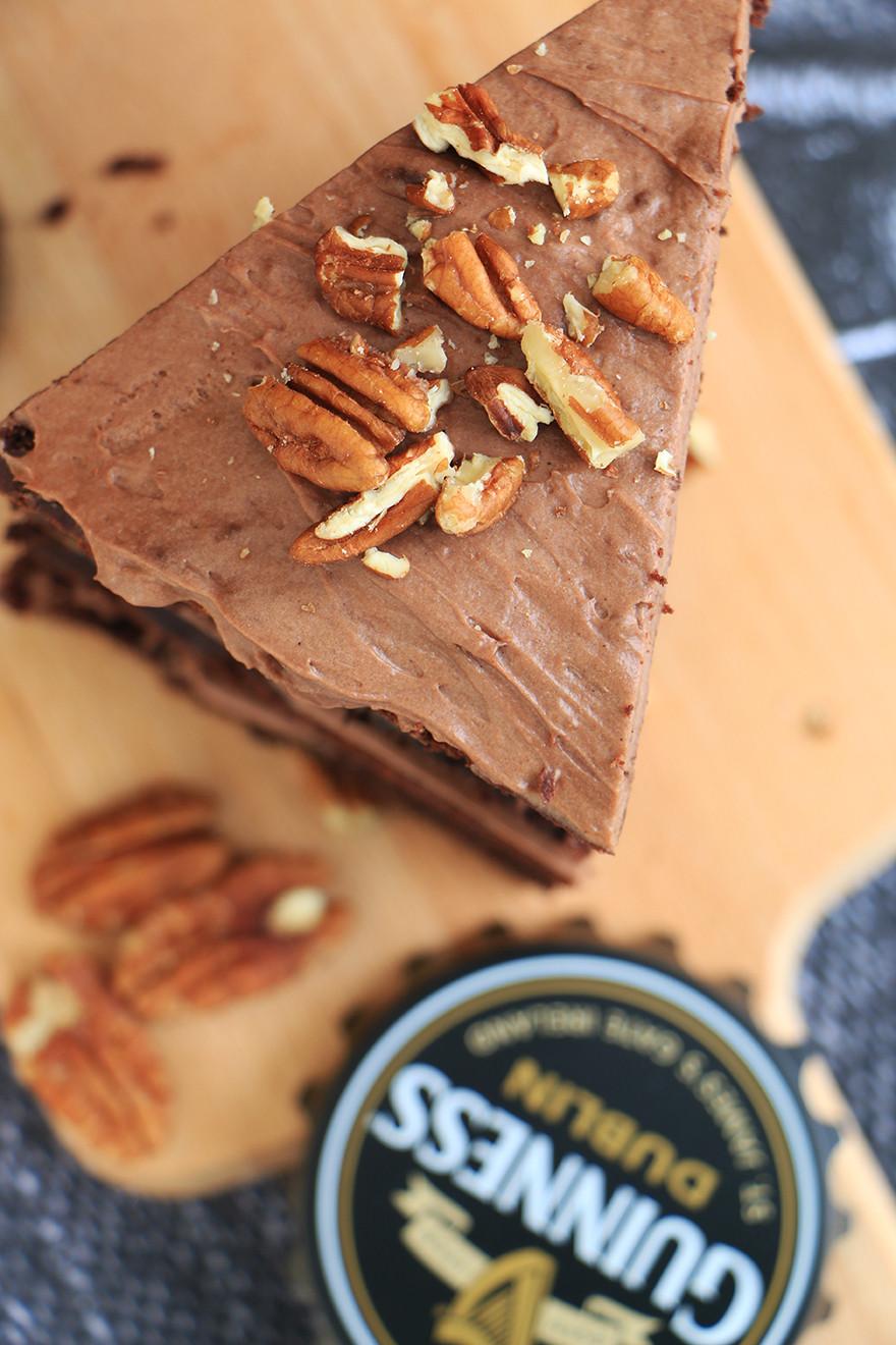 עוגת שוקולד גינס מקמח כוסמין
