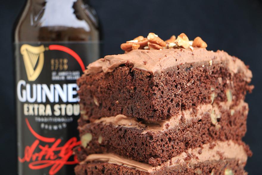 עוגת יום הולדת למבוגרים עם בירה
