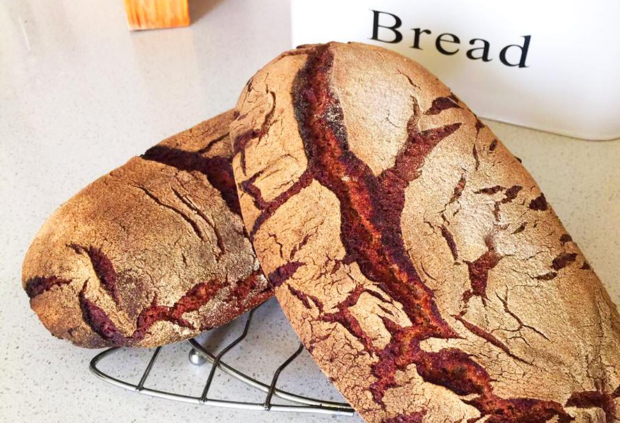 לחם שיפון על מחמצת