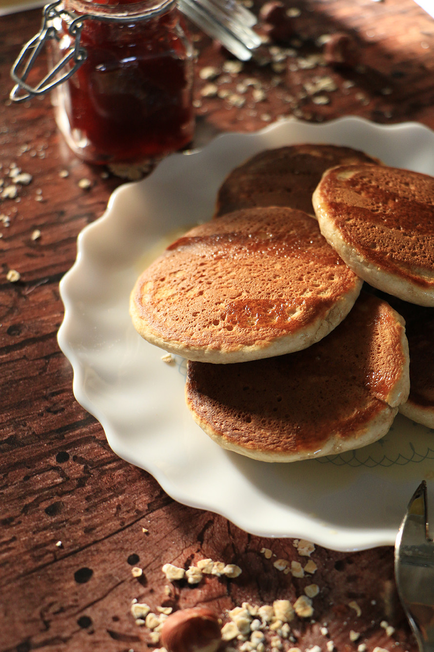 פנקייקס מקמח שיבולת שועל בריאים לארוחת בוקר
