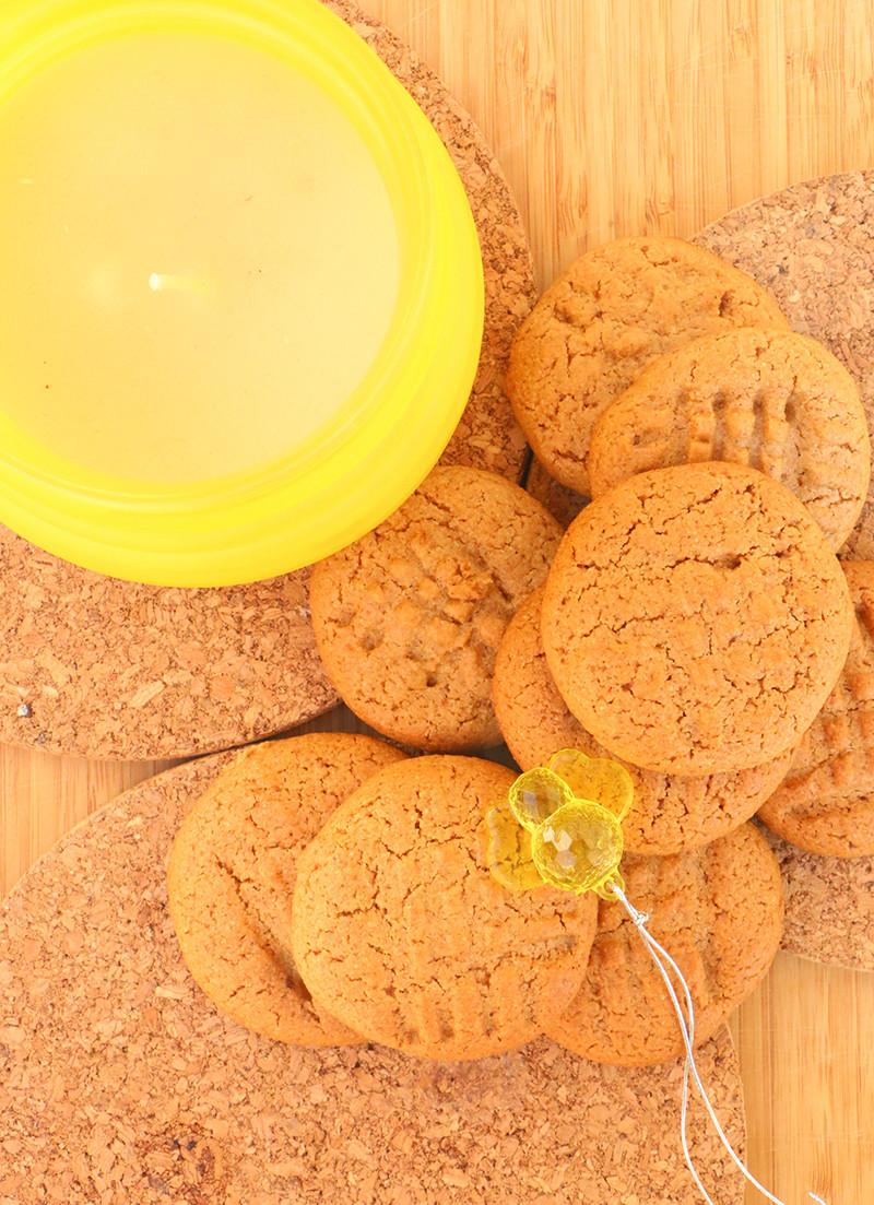 עוגיות דבש ושקדים