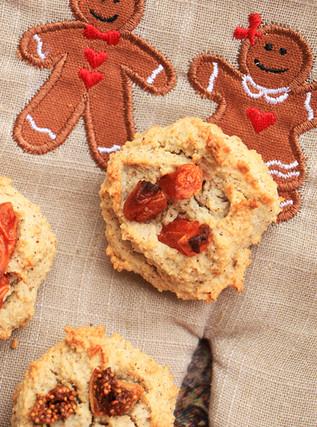 עוגיות שקדים ותאנים