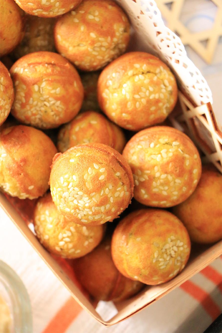 לחם טחינה פשוט וקל