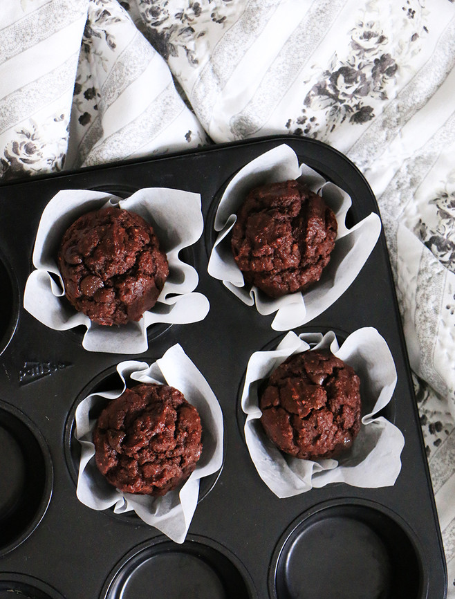 מאפינס דאבל שוקולד מקמח מצה
