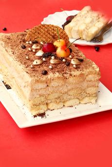 עוגת טרמיסו עם קרם קוקוס ומסקרפונה