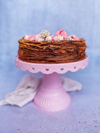 עוגת קרפים ללא גלוטן מקמח שקדים מושלמת לפסח עם קרם אגוזים