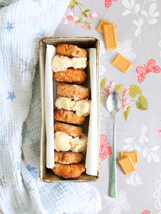 קוקילידה קוקוס ושוקולד לבן ללא גלוטן עם גלידה קוקוס שוקולד לבן