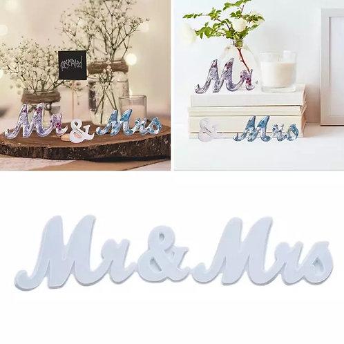 Cursive Mr and Mrs