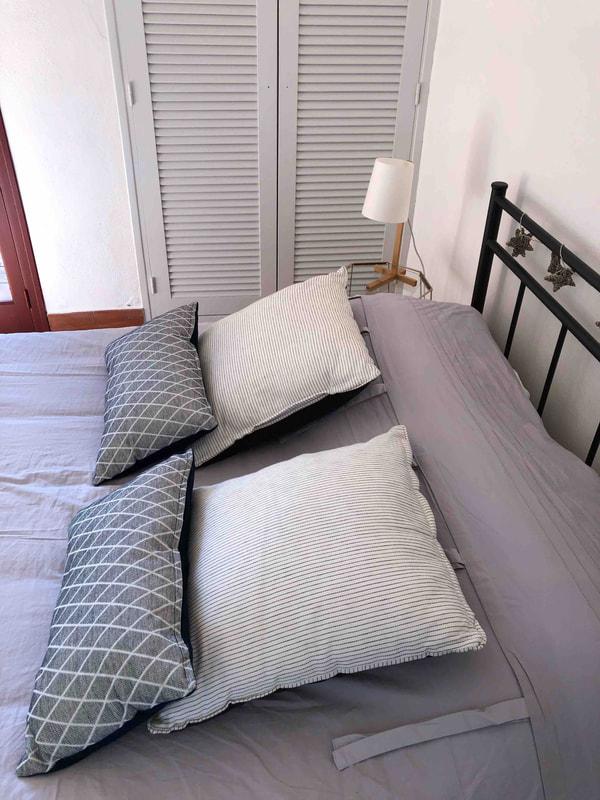 chambre-bas-droite_orig lit 19