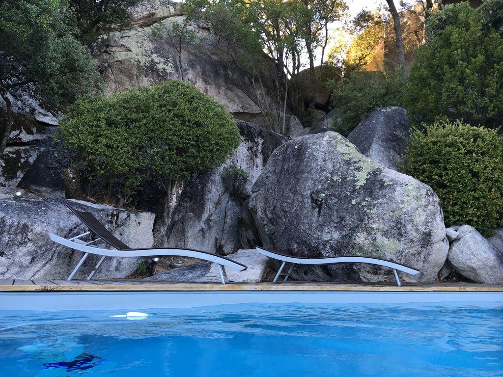 location en Corse avec piscine