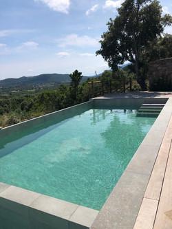 Corse du sud, maison 8-10 pers , pisc. privée chauffée,
