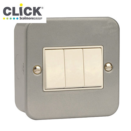 Click Scolmore Metal Clad CL013 10AX 3 Gang 2 Way Switch